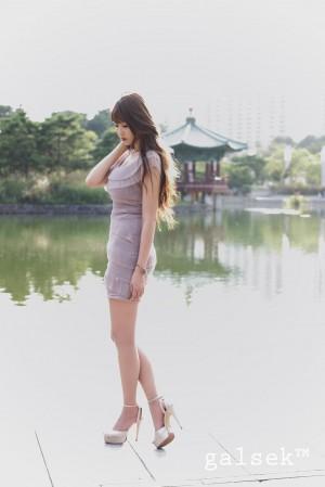 [网络美女]李恩慧(李仁慧)超高清写真大图片(35P) 75热度