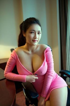 Vol.303 轻熟女G罩杯爆乳大胸美女大尺度美女模特推女郎-连欣完整私房照合集