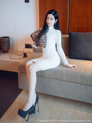 Vol.93 长裙美女丝袜美腿内衣诱惑美女模特花漾写真-允爾完整私房照合集
