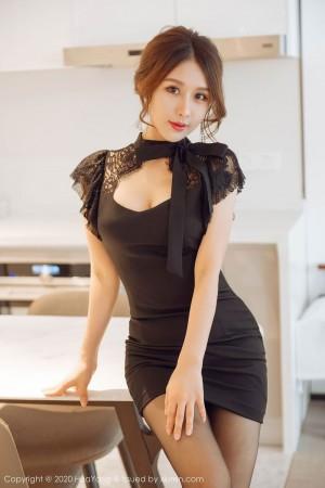 Vol.780 黑丝美腿超短裙美胸都市丽人美女模特花漾写真-徐安安完整私房照合集