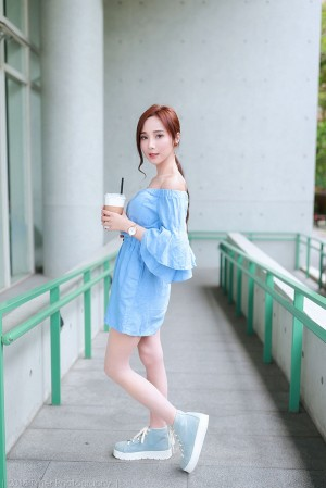 VOL.1073 [台湾正妹]高贵优雅美女轻熟女:Lynne雨玄(玄玄)超高清个人性感漂亮大图(87P)