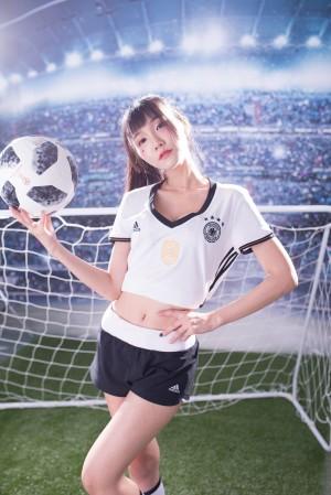 VOL.644 [台湾正妹]足球宝贝少女:乔乔儿(喬喬兒Sylvia)超高清个人性感漂亮大图(34P)