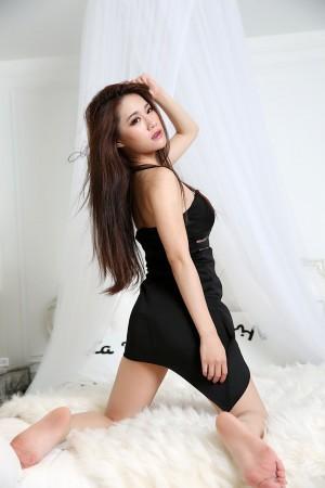 VOL.1402 [台湾正妹]嫩模惊艳白领丽人:以昕超高清个人性感漂亮大图(78P)