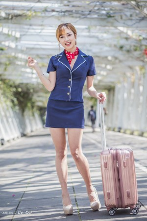 VOL.134 [台湾正妹]制服空姐制服长腿美女:卡卡儿(CACA卡卡儿)超高清个人性感漂亮大图(34P)
